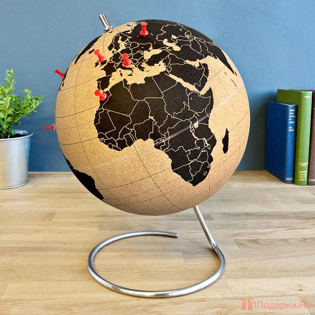 пробковый атлас и глобус в подарок