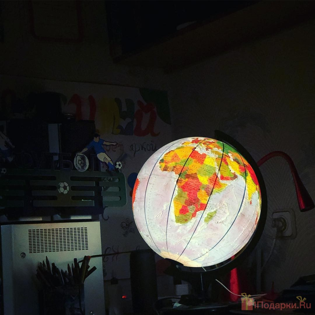 глобус с подсветкой для ребенка