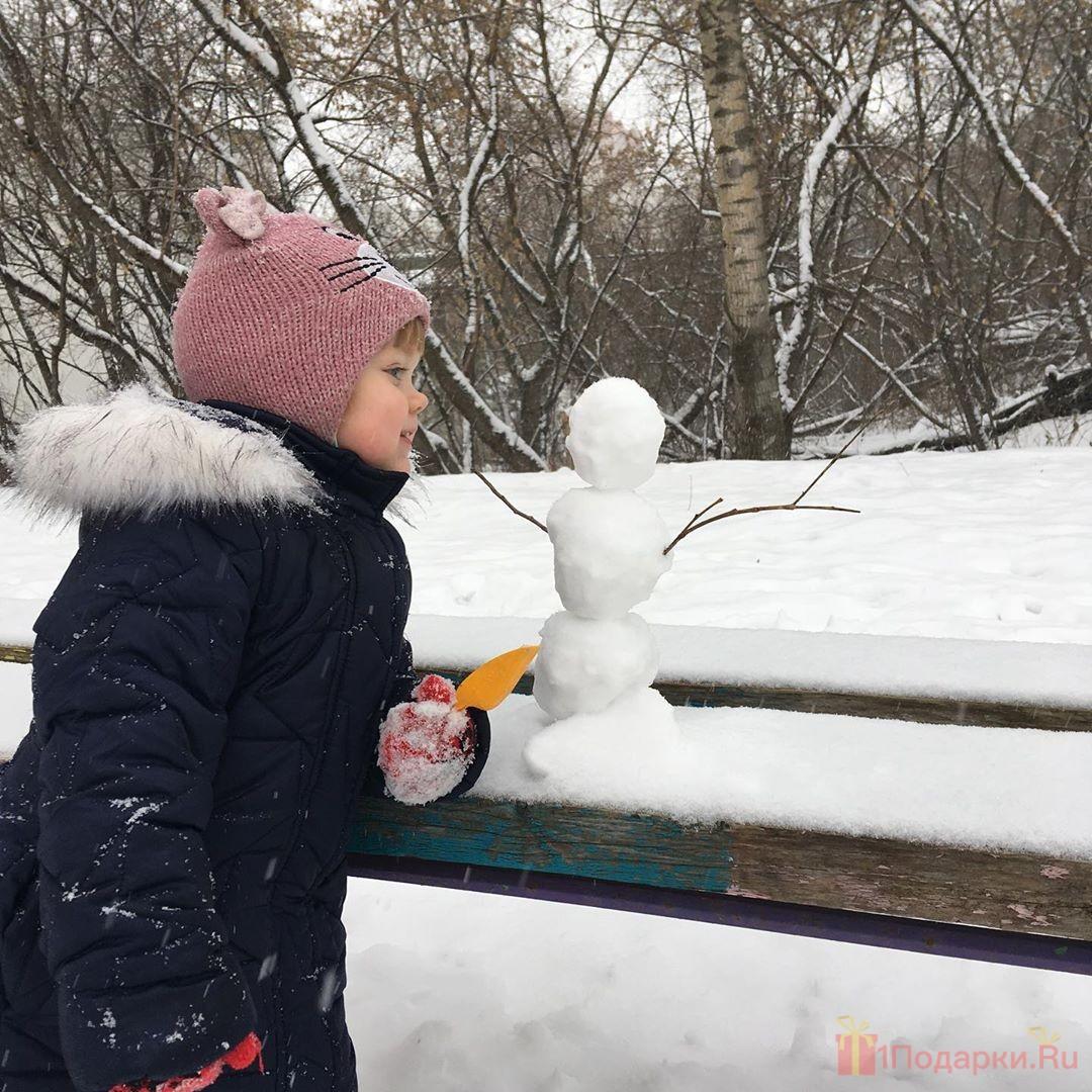снеговик с детьми